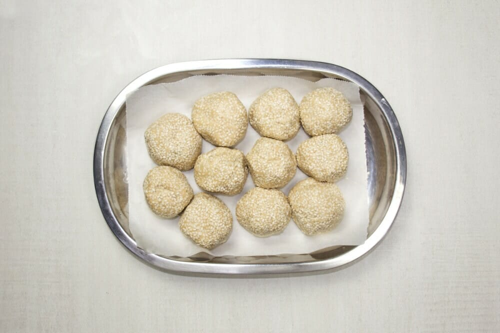 Step 8 Roll Balls In Sesame Seeds