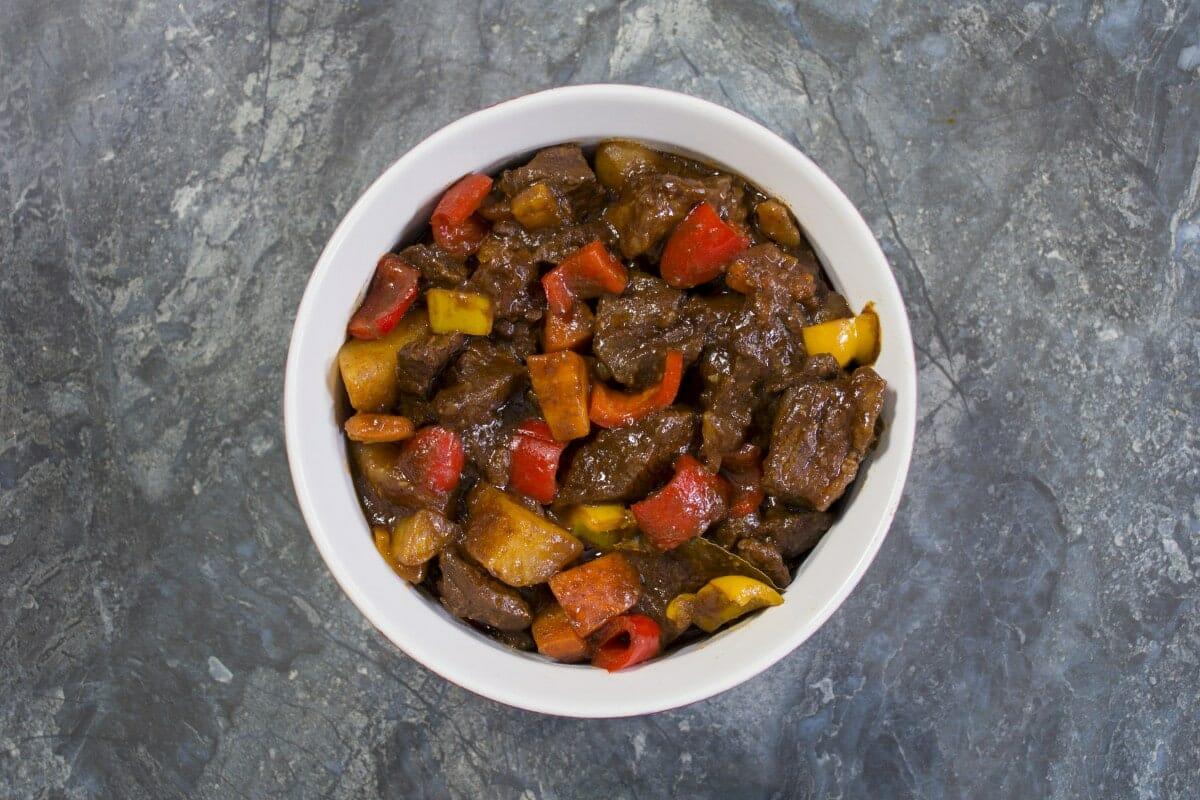 Step 8 Serve Beef Mechado Hot On A Plate